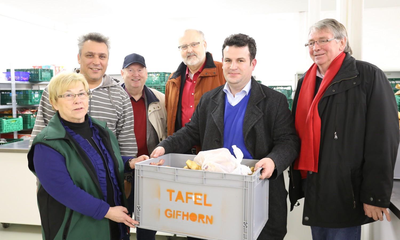 Hubertus Heil (SPD) unterstützt Gifhorner Tafel e.V.