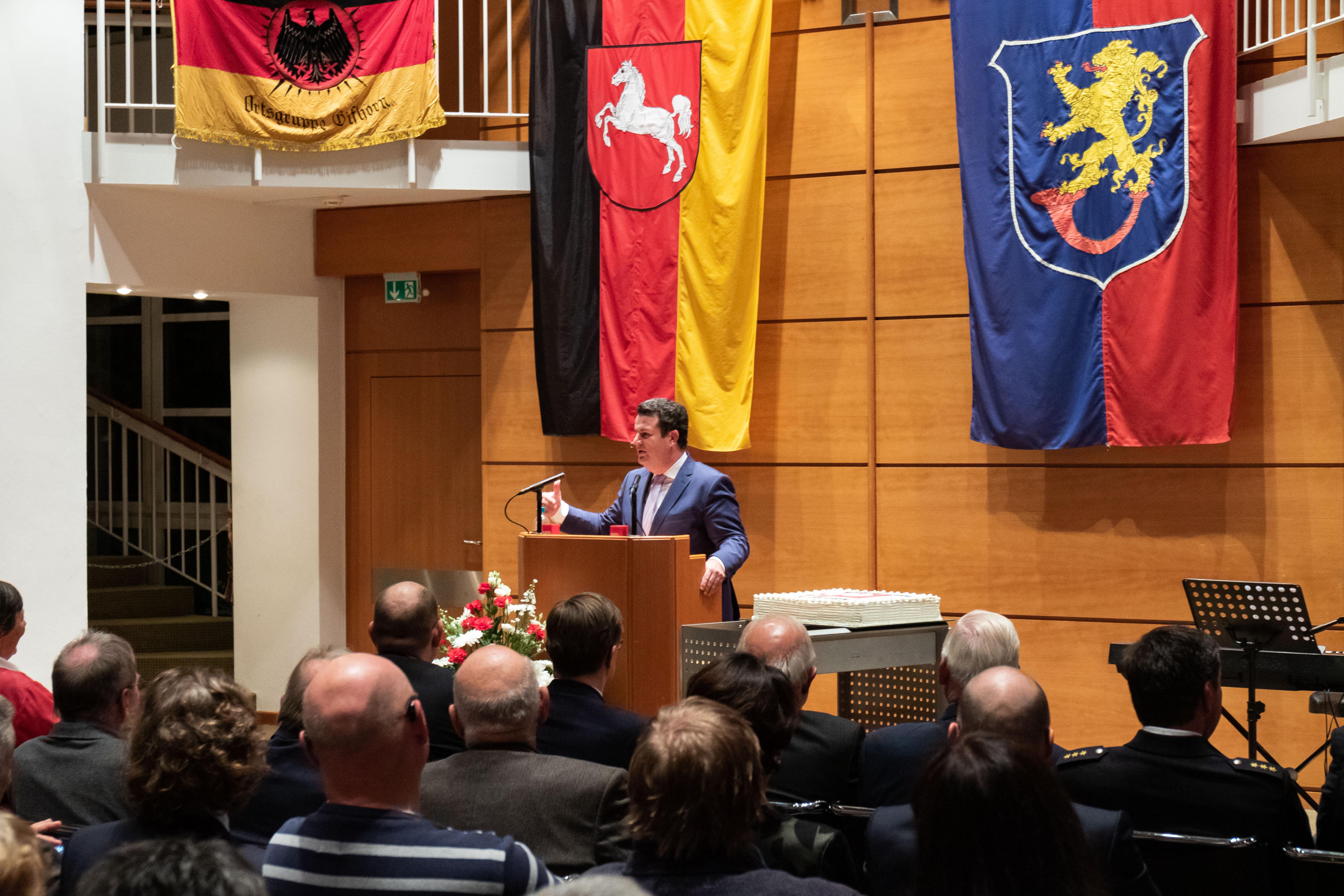 Hubertus Heil redet beim Jubiläum des SPD OV Gifhorn